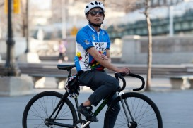 Angelo Calilap (cycleangelo) and his Continuum Track bike in Williamsburg