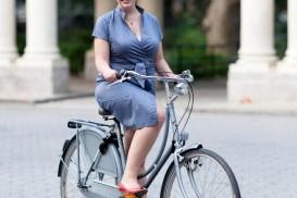 bike portrait emily dutch bike greenpoint brooklyn