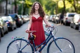 Bike Portrait: Jessica and her Globe Daily in Brooklyn