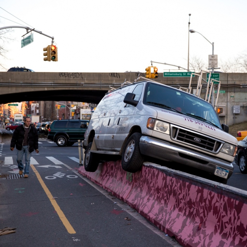 Flushing Avenue protected bike lane divider accident
