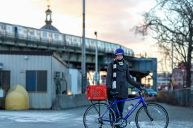 brooklyn williamsburg bike commuter cold winter